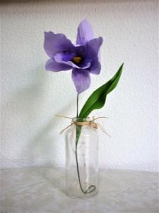 Flor cenografica orquidea grande lilas